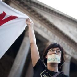 protesta legge bavaglio