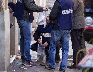 Bomba ritrovata nei pressi dell'Università Luiss, indagini in corso per capire il destinatario, esclusa pista terroristica.