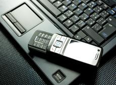 """Tablet e smartphone in ufficio: l'era del """"BYOD"""""""