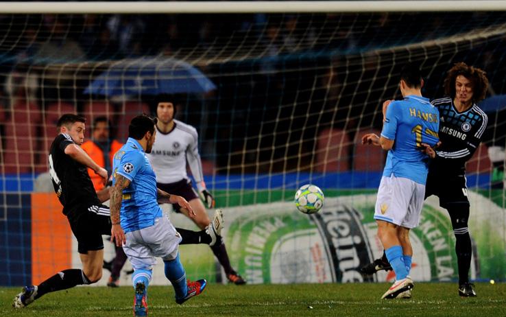 Champions League, Napoli-Chelsea 3-1: Lavezzi e Cavani schiantano gli inglesi