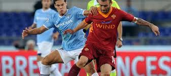 Roma-Lazio 1-2: Mauri affossa i giallorossi, Luis Enrique nei guai