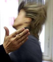 Allarme violenza domestica: due vittime in due giorni, la seconda era incinta