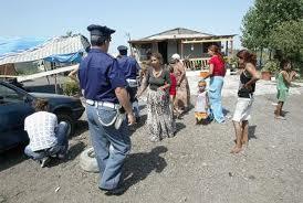 Zagarolo: due rom rapinano e prendono a bastonate una coppia di 70enni