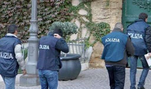 Bologna: commerciante si impicca nel suo negozio, aveva pendenze con Equitalia