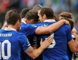 Italia-Irlanda 2-0: Cassano e Balotelli decisivi