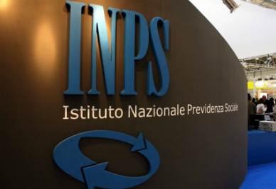 Truffa ai danni dell'Inps: scoperti sei falsi ciechi a Torino