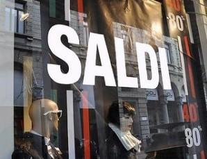 Saldi nella Capitale un flop, a rischio chiusura 2500 negozi