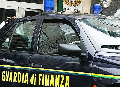 Falsa cieca scoperta alla guida, ha percepito 800 euro al mese per 7 anni