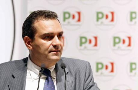 """La lista civica """"Napoli è tua"""" si sfalda"""